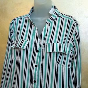 NY Collection Tops - NY Collection Roll-Sleeve Blouse NWT 1X